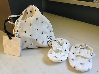 NWT Victoria Beckham for Target Baby Bee Print Booties w/Pouch Sz 6-12 Months