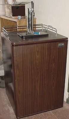 Classic Kenmore Sears 6.4C Beer Dispenser Model 564.8815023 Kegerator Single Tap