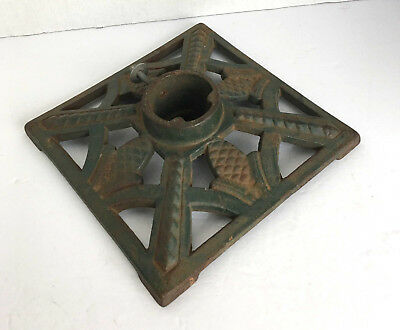 Vintage Rustic VEBHERDG Cast Iron Ornate German Christmas Tree Stand Green Heavy