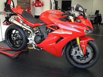 Ducati 939 SuperSport S. 2018MY - Akrapovic Full system. Save nearly £1000