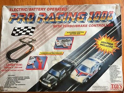 Pro Racing 1000 Electric Slot Car Set
