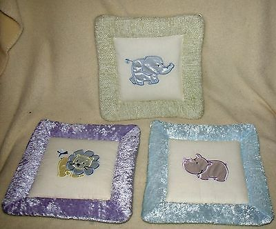 set of three kids line soft wall hangings zoo animals excellent pre-owned cond.