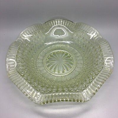 Deco Pressed Glass Scallop Edged Bowl Lime Green