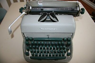 Vintage Remington Typewriter, Super Writer Standard, 1950, Serial No. J1859169