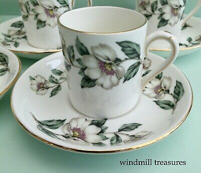 5 Crown Staffordshire 'Christmas Rose' Demitasse Coffee Cups & Saucers - Fab