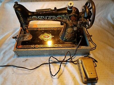 VINTAGE ANTIQUE PORTABLE Singer Sewing Machine With Pedal Case Extraordinary Vintage Singer Portable Sewing Machine