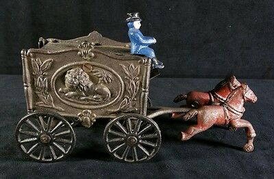 Vintage Cast Iron & Tin Circus Lion Cart w Horses & Driver 3.75 x9 x4.5 In VFINE