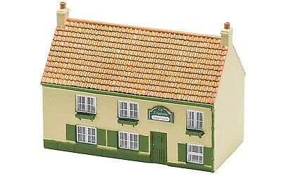 Hornby The Restaurant R9832 OO Scale (suit HO also)
