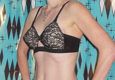 Vintage Flexees Lace Bullet Bra 34 B pin up clothing girl 1950's retro pointy