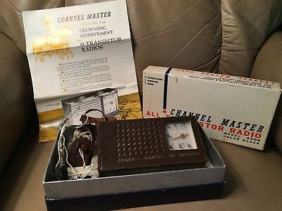 Vintage Channel Master 6506 Transistor AM Radio w Orig Box Paper + Art Deco