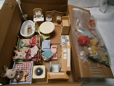 Large Lot Sylvanian Family Sets & Accessories, Kitchen Bedroom Bathroom Toilet