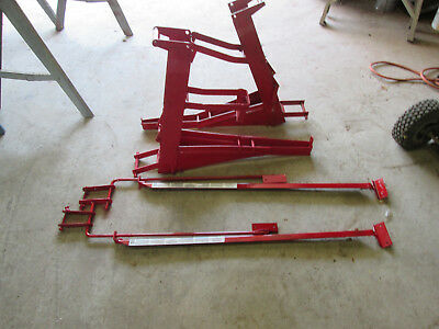 2 pump jack scaffoing w/ braces , red, qual craft used  FREE shipping 48 states
