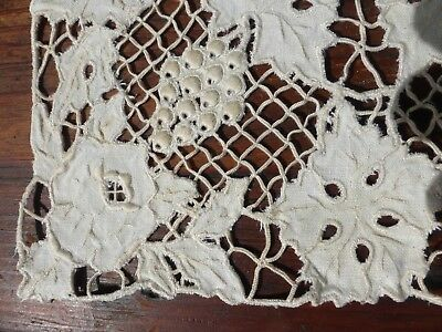 LEAVES & GRAPES Antique MADEIRA Cutwork Hand Embroidery 8 Placemats & Runner