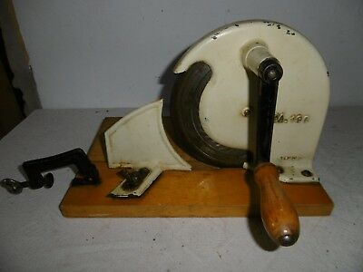 "antike Brotschneidemaschine mit Kurbel um 1950 ""M 190 GERMANY"" Metall ""FP"""