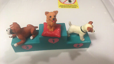 Vintage Puppy In My Pocket Puppy Show Stand With Dogs 1993 Hasbro