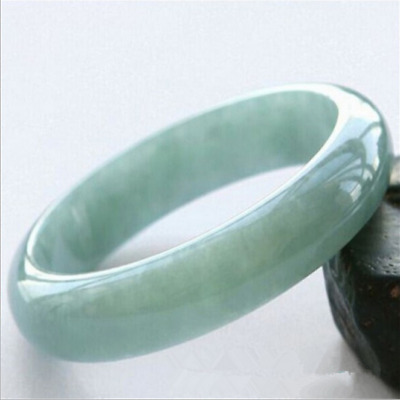 Beautiful Light Green Jade Bangle Chinese Hand Carved Jade Bracelet AAA++++