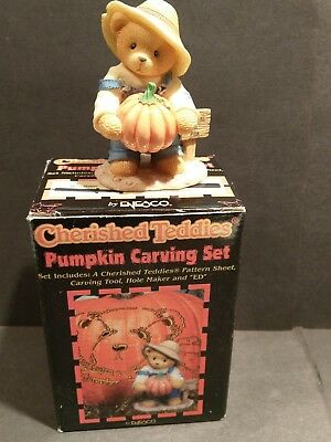 Enesco 1999 Cherished Teddies 466220 Halloween Pumpkin Carving Set Nice!