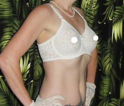 Vintage White Lace Bali Push Up Bra 32 DD pin up clothing girl 1950s retro sheer