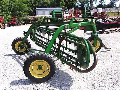 John Deere 64 Hay Rake  CAN SHIP @ $1.85 per loaded mile