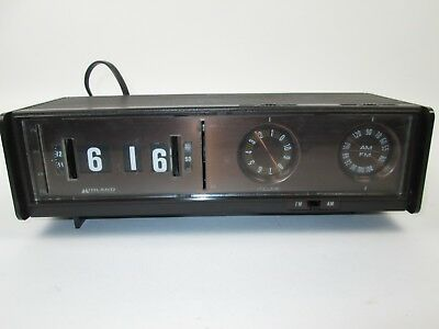 Rare Vintage Midland International AM FM Radio Alarm Clock Model 11-388 Works!