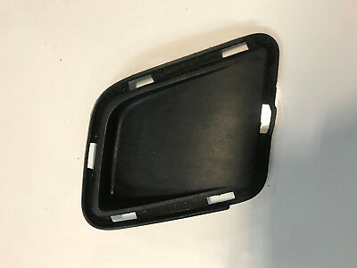 Holden Commodore Vy Executive Left Lower Front Bumper Bar Insert 92105095