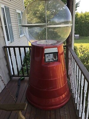 Victor Giant Gumball Machine... huge 7ft tall 4 ft wide