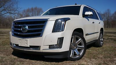 Cadillac Escalade Premium AWD PREMIUM PACKAGE NAVIGATION ENTERTAINMENT NEW TIRES MINT CONDITION MAKE OFFER