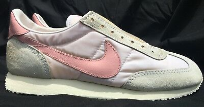 2a0df6b247e3 Rare Vintage 1980s Nike Cortez Running Shoes New Pink and White Size 8  830911 PA