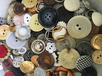 SWEET MIX! 100 pcs MIXED LOT of OLD-VINTAGE & NEW Buttons ALL TYPES & SIZES