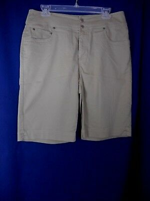 Chico's Women's Casual Solid Khaki Colored 5 Pocket Walking Shorts Size 2