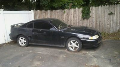 1993 Ford Mustang  1995 Ford Mustang