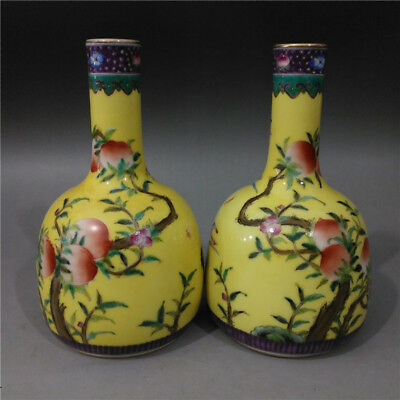 A Pair Beautiful Chinese Antique Famille Rose Porcelain Peach Vase