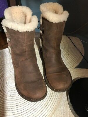5ac03b1feac UGG Akadia 1007760 Stout Winter Booties Lace Up Boots Leather Shearling  Size 8