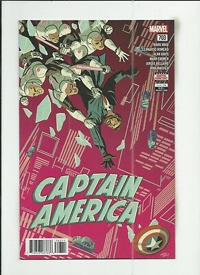 Captain America #703 very fine+ (VF+) condition