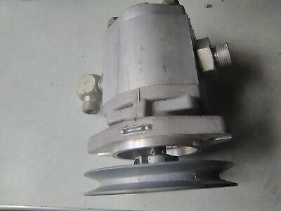 Brand New Hydreco / Magna Hydraulic Pump & Pulley & Fittings