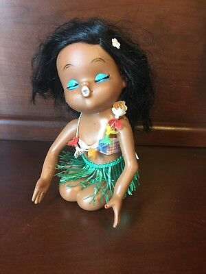 """Vintage Hawaiian Hula Kissing Rubber Doll 6 1/2"""" Tiki Lei Rooted Lashes Rubber"""