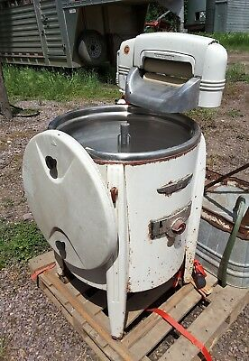 Vintage SPEED QUEEN Model 90 Wringer Washing Clothes Machine Rinse Tubs