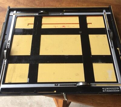 Saunders 11 X 14 Easel - Photography Darkroom