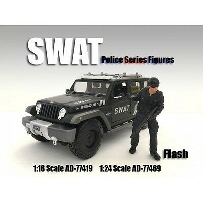 SWAT TEAM - FLASH -1/18 scale figure - AMERICAN DIORAMA 77419