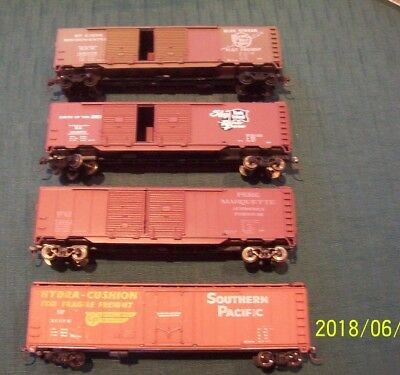 Assortment Of Freight Wagons Ho X 4