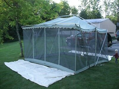 VINTAGE CANVAS SCREEN TENT 1960's Camel Mfg  Co  Military tent Maker  11x11x6 5'