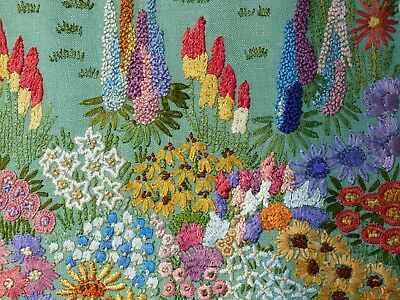 Lg Vintage Embroidered English Country Thatched Cottage Garden Detailed Flowers