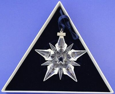 2001 Swarovski Crystal Annual Snowflake Christmas Ornament With Box