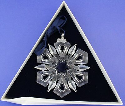 1999 Swarovski Crystal Annual Snowflake Christmas Ornament With Box