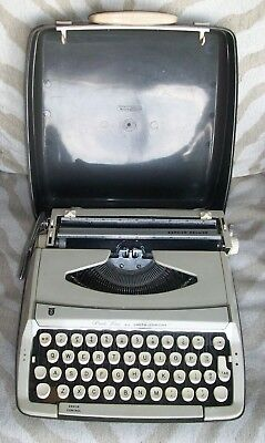 Smith Corona Manual Typewriter Pride Line Zephyr Deluxe Portable Case 1960s