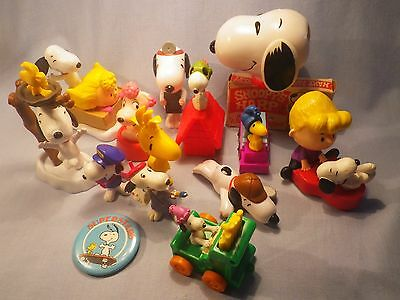 Peanuts Snoopy Collection Vintage and Modern Figures Toys Snoopy's Harp