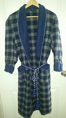 Men's Vintage Norwellan Dressing Gown Robe Pure Wool Size Small 63cm Like New