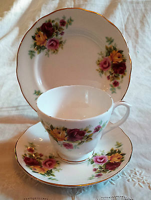 As New English Bone China Duchess Trio Set ~ Cup, Saucer & Plate ~ Roses