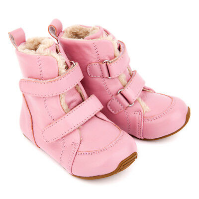 NEW Junior Snug Boots In Pink Girl's by SKEANIE