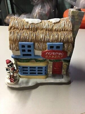 LOONEY TUNES Sylvester's Bakery  PORCELAIN LIGHT-UP HOUSE W / Box